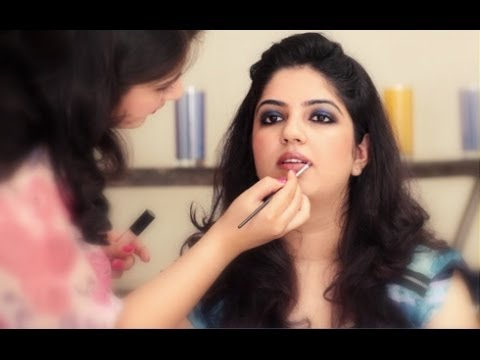 How To Apply Make-up Tutorial: Smokey Eye Makeup for Indian Eyes