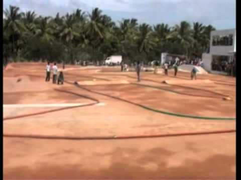 28 July, 2014 - Radio controlled car racing gearing popularity in southern India