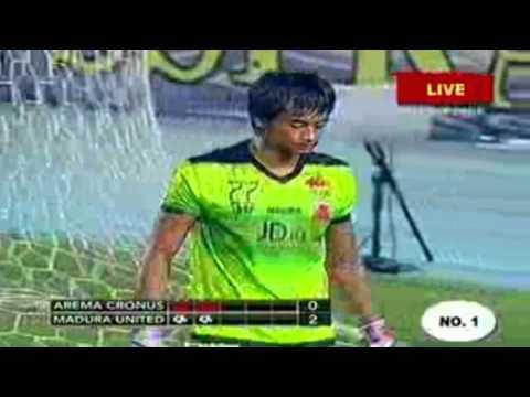Berita Bola Terbaru # Arema Cronus Vs Madura United 1-4