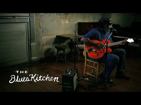 The Blues Kitchen Sessions, Alvin Youngblood Hart - Bloody Bill Anderson