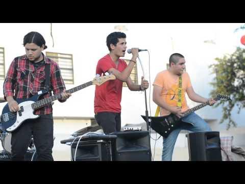 7&2 -  Sin Cerebro (Tema Inedito) [Live MSH 1st Gig]