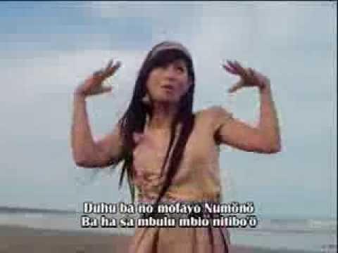 Jenny Waruwu Lagu Nias Niha Sinumana video