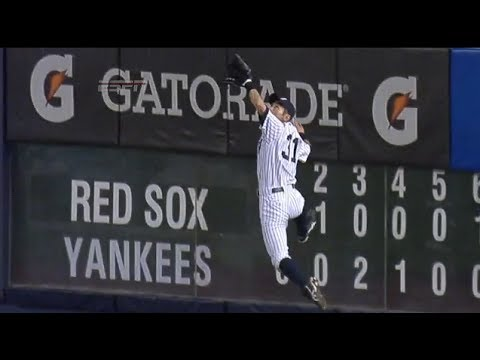 Amazing leaping catch by Ichiro Suzuki robs David Ortiz of hit