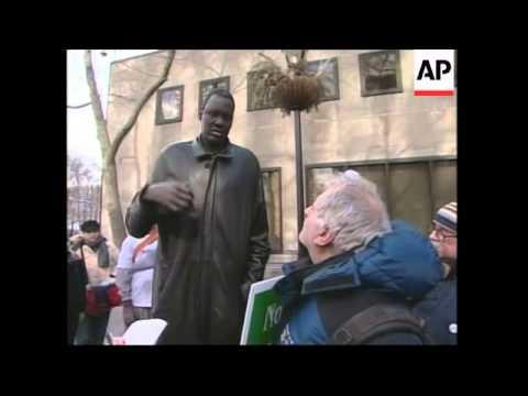 Former Sudanese slave begins protest over Darfur crisis