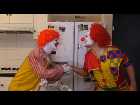 Ronald McDonald Meets Pennywise