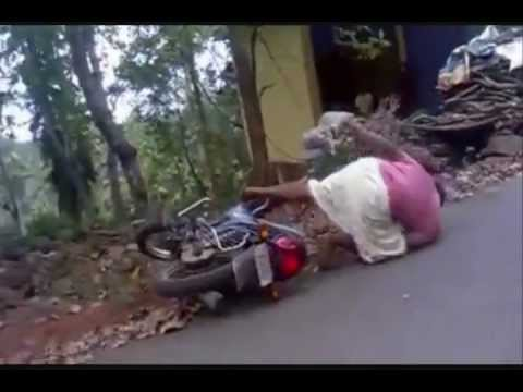 MANKATHA AJITH BIKE SCENE COMEDY.wmv