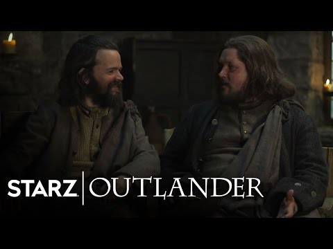 Outlander - Rupert & Angus go through the stones