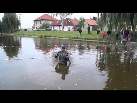 Kostelní Lhota výlov rybníka 151010