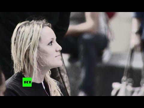 Гадости в лицо: ведущая RT пообщалась с жителями Нью-Йорка языком интернета