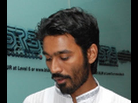 Dhanush didnt agree for Aishwarya's movie