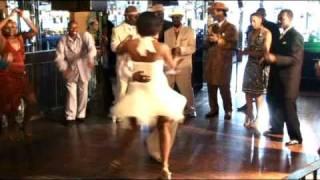 Download Lagu SHAKEDOWN/Chicago Stepping Gratis STAFABAND