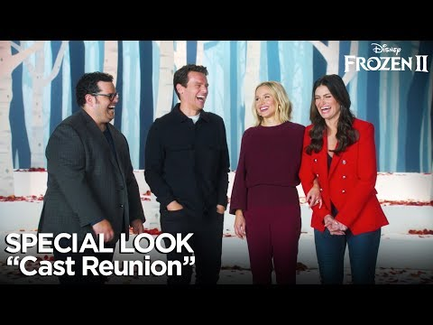 "Frozen 2   ""Cast Reunion"" Special Look"