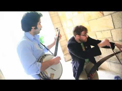 Popurrí de temas de The Legend of Zelda con un banjo y una sierra musical