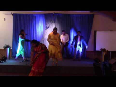 Satya Yamini sings Pokiri song Dole Dole song at ATA Dinner in Ruchi Palace,  Dallas June 27th 2015 Photo Image Pic