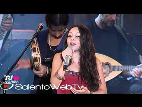 Concertone de La Notte della Taranta 2011: Mamma la rondinella