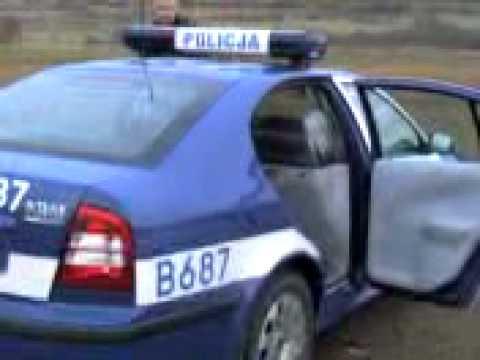 POLICJA  W  AKCJI Z ZATRZYMANYM