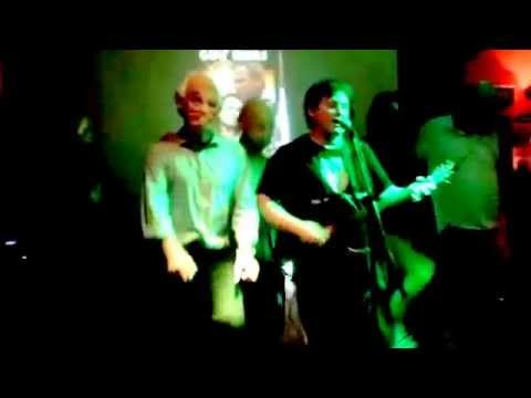 Fun dancing and singing at fibbers in Dubai with Paddyman last night - August 2015