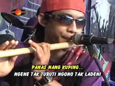 Ayu Oktavia - Aku Ora Nesu  (Official Music Video)