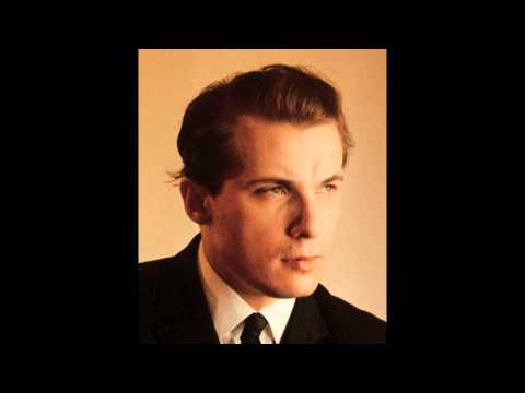 Glenn Gould 1932 - 1982  Bach  The Goldberg variations, Partitas 1-6 & Concerto BWV 974.wmv