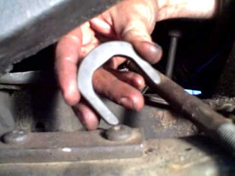 Removing the Inner Tie Rod Using Harbor Freight Tool
