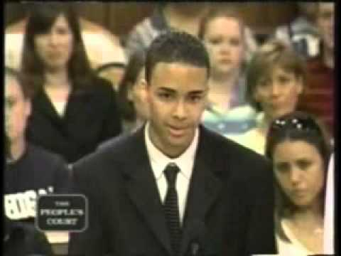 Prince Royce go to Court