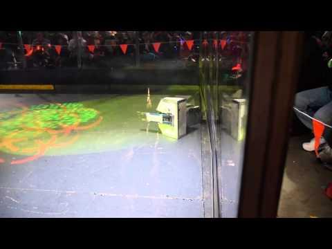 Robowars Vivid Sydney 2015 - Picasso vs Citizen Flips - Round 2 - Fight 3