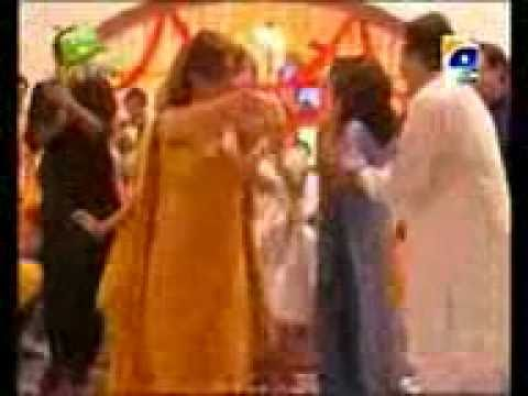 Mehndi Song By(shazia Manzoor)(dolly Ki Aye Gi Baraat)(geo Tv)(kasurimunday)03216855601 video