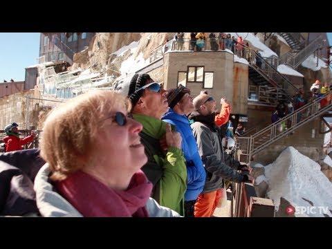 Jokke Sommer, Espen Fadnes & Ludovic Woerth Insane Wingsuit Flight