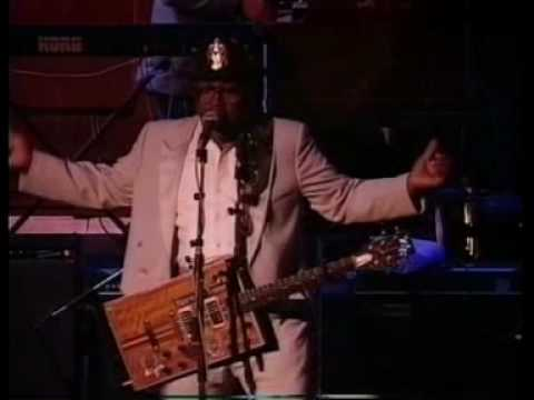 34- Bo Diddley - Im A Man - Live At Sevilla 1991