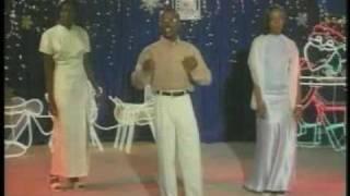 Konkou Chante Nwel 2001 Pierre Maxi
