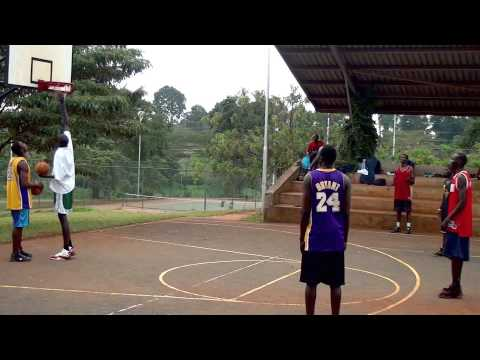 Deng Mayot Mabior 7 foot 4 from South Sudan
