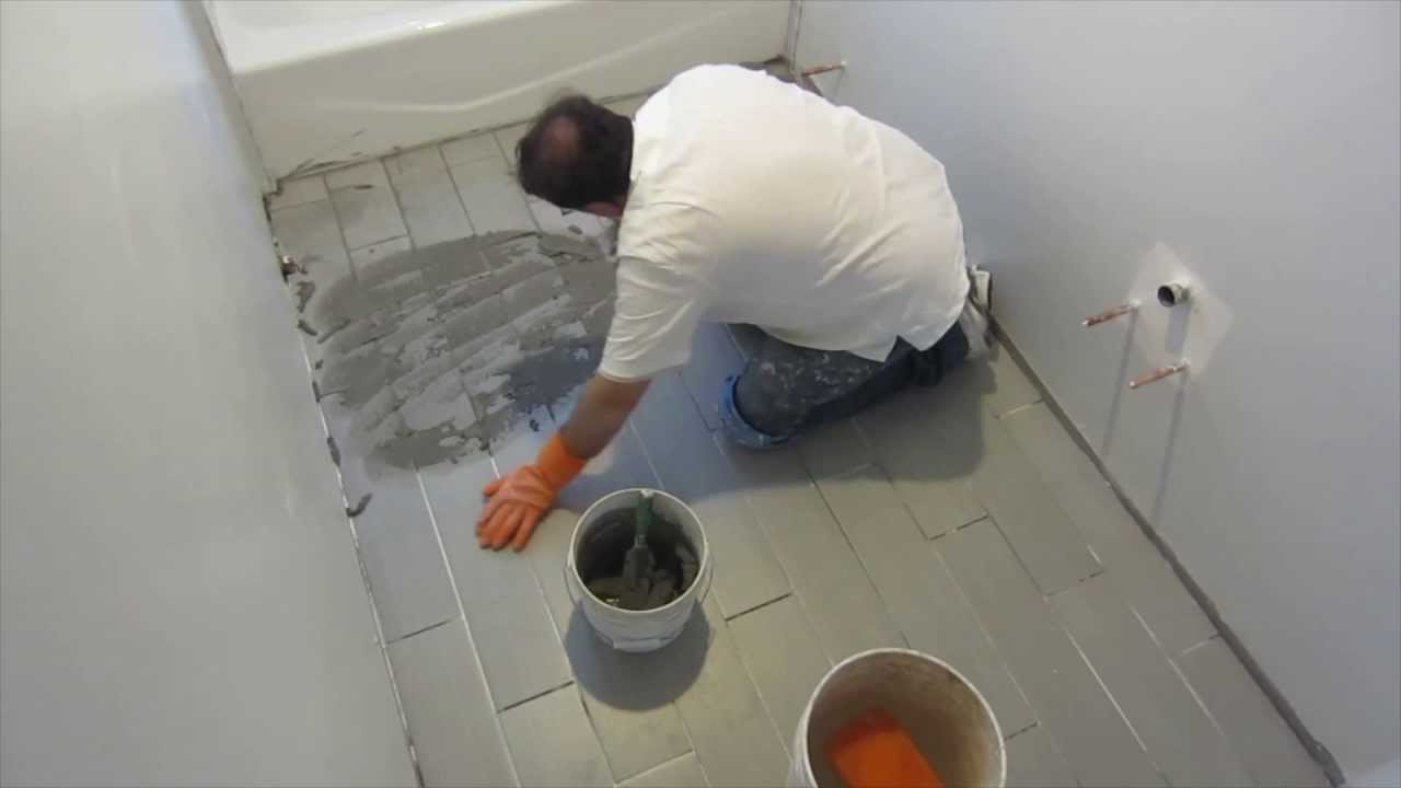 Part 8 How To Install Wood Look Plank Tile On Schluter Ditra Grouting The Tile Youtube