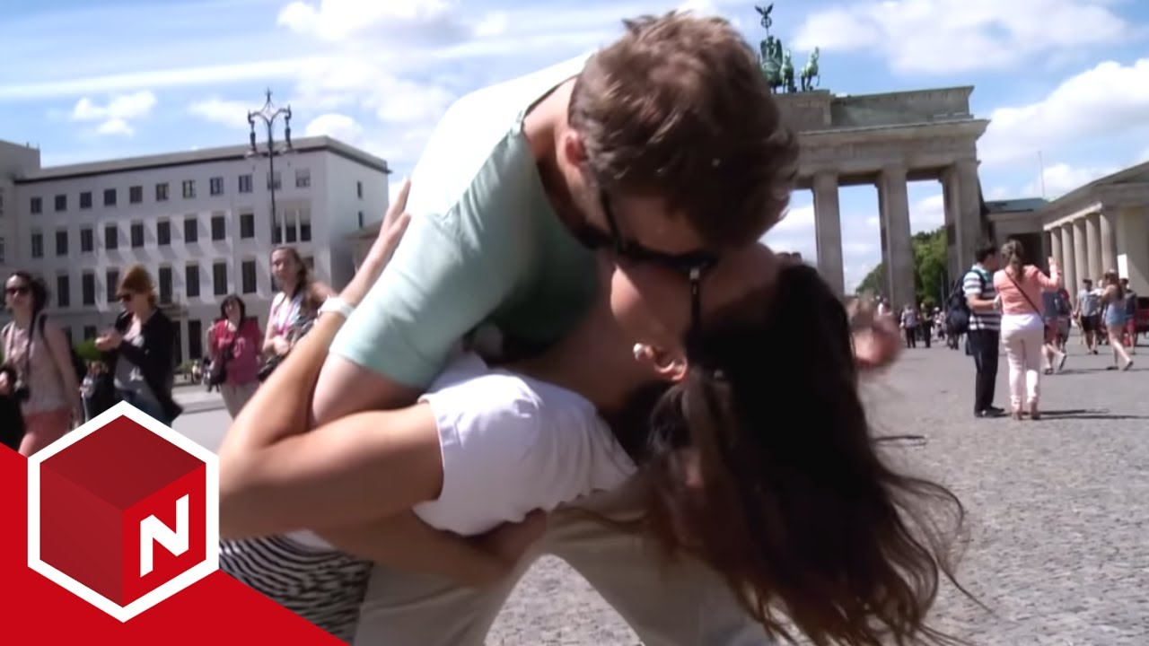 youtube dating den Wills began dating dean alone, later telling bast, bill, there's something we have to tell you  james dean – mit vollgas durchs leben,.