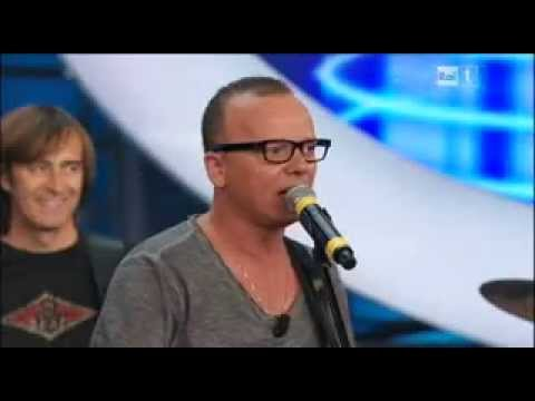Gigi D'alessio - Ora - Live video