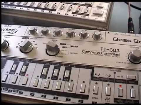tt303 and tb 303 sequencer  test  slide and accent