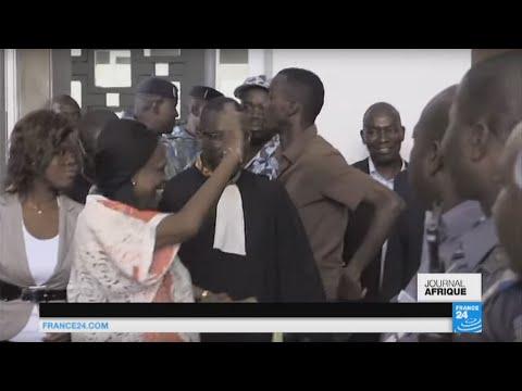 Simone Gbagbo rejette toutes les charges, au premier jour de son procès à Abidjan