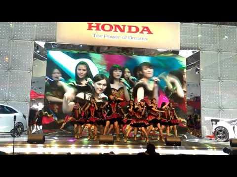 download lagu Jkt48 - Ratu Para Idol gratis