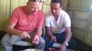 How To Eat Raw meat in Ethioipia - ጥሬ ስጋ አበላል በኢትዮዽያ