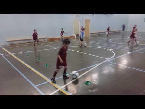 Тренировка на координацию и ведение мяча. Дети 8 - 9 лет