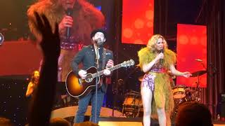 """Download Lagu Sugarland sings their current single """"Babe"""" live at PNC Arena Gratis STAFABAND"""
