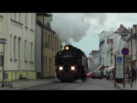 Der Molli dampft durchs herbstliche Mecklenburg