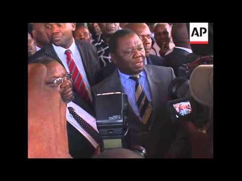 MDC leader arrives in Zimbabwe