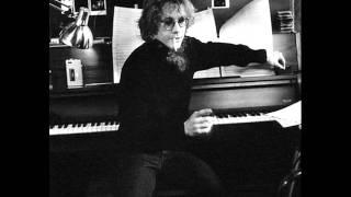 Watch Warren Zevon Piano Fighter video