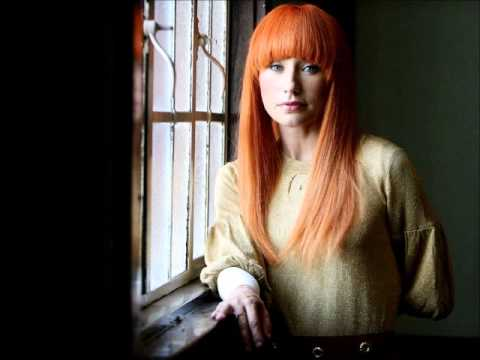 Tori Amos - Past The Mission