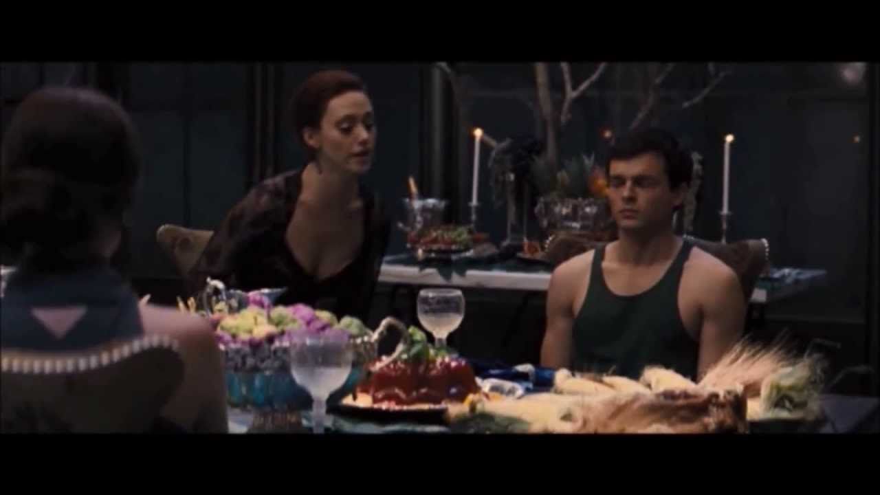 Beautiful Creatures Lena And Ridley Argue At The Table