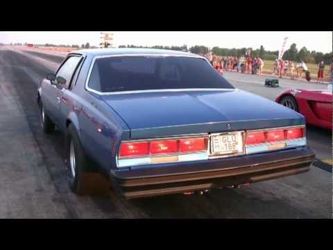 Chevy Caprice Coupe Vs. Dodge Viper Drag Race