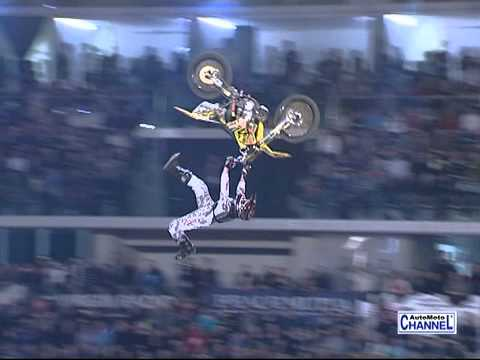 Night Of The Jumps Motocross Freestyle  - Torino 19 Febbraio 2011 ( Video Integrale ) video