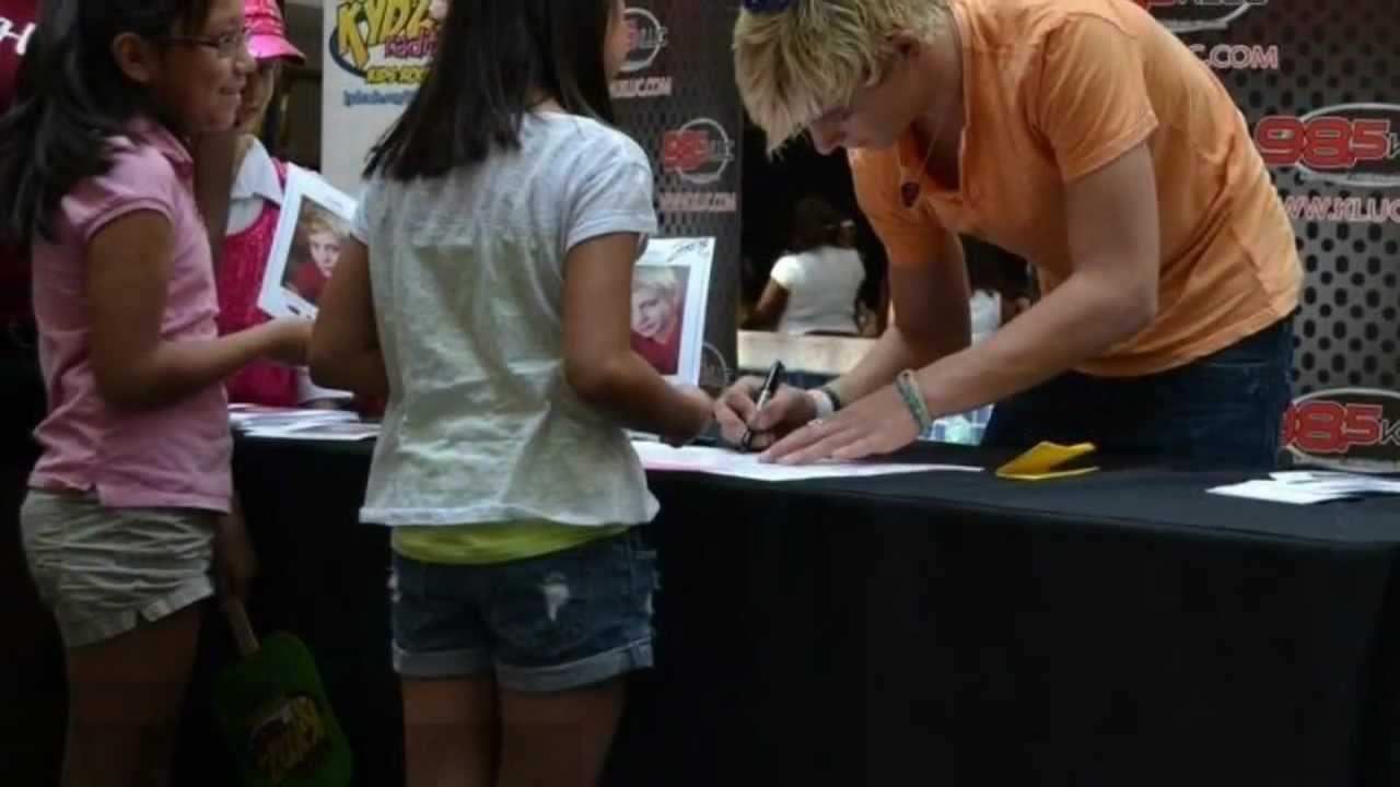 Ross Lynch Brother Ryland Meeting Ross Lynch   the