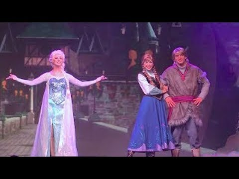 Full Frozen Summer Fun Live stage show with Anna. Elsa. Kristoff at Walt Disney World