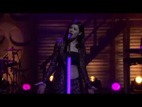 Marina and the Diamonds - Forget (Live Conan O'Brien 27/04/2015)
